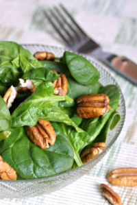 Dutch spinach salad
